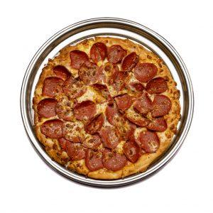 پیتزا پپرونی رستوران هشتگ کیش
